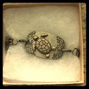 Jewelry - Sea turtle bracelet 🐢💙